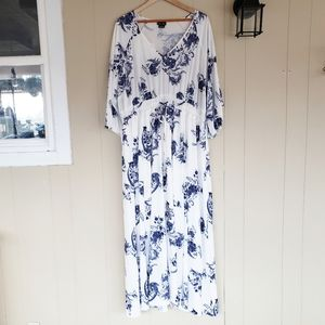 City Chic Large (20) Floral Maxi Dress